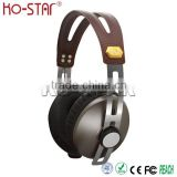 New Design Classical Stainless Steel Band Hi-Fi Headphones with Comfortable Ear Cushion