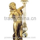 Statue of Liberty table clock with golden color Artistic resin clock for home decoration