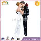 Factory Custom made best home decoration gift polyresin resin wedding cake topper figurines
