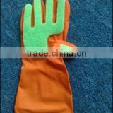 natural latex rubber household glove/ cleaning latex glove with scouring pad sponge/ watern proof protective glove
