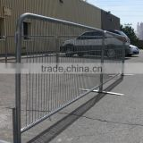 Portable temporary event crowd barrier on sale,weld pipe fence galvanized crowd control barrier with cross/bridge/flat feet