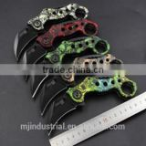 Folding knife with stainless steel handle. The scorpion claw knife offer different color handle.                                                                                                         Supplier's Choice