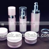 Wholesale High Quality Acrylic Cylinder Bottles And Jars For Cosmetics, lotion bottles and cream jars