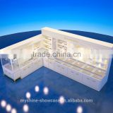 Quietly Elegant jewelry store furniture, jewelry shop interior design, glass jewelry kiosk with customize deisgn