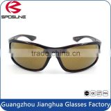 Wholesale High Quality New Style Customized Logo PC Lense Material Fashion Sunglasses Women