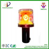 UV-resistant portable construction lighting for traffic barricade warning