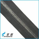 Top sale long chain metal zipper in rolls