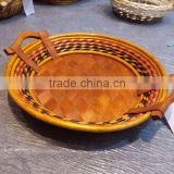 round shape cheap willow fruit vegetable bread cake tray wicker& wooden basket display with handle