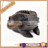 2015 promotion souvenir items designer decorative wood craft lucky frog from thailand wooden frog