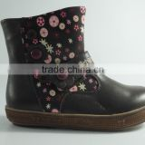 newly girl hand embroidered boots