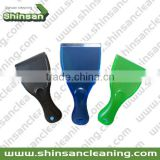 2017 hot selling ice scraper squeegee/window snow scraper for car/handy plastic ice scraper