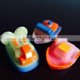 CE making UV sensitive water spray Rubber TOY for bathing