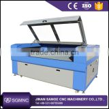 Large Format Fashion Clothes/T-shirts/Apparel/Fabric Laser Cutting Machine With Auto Feeder