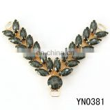 new acrylic black V-shaped gold shoes rhinestone accessories