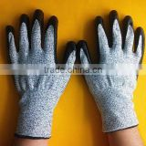 High quality cheap price 13 gauge seamless HPPE knitted nitrile coated cut resistant gloves