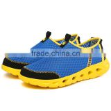 Slip-On mesh fabric for sports shoes handiness ventilation outdoor and beach water walking