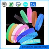 Silicone Rubber And Plastic Glow In The Dark Glow Bracelet