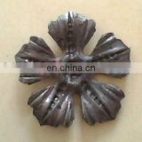 2012 china manufacturer new wrought iron leaves decorative forged cast steel iron components