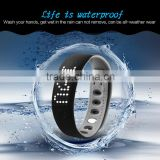 waterproof Bluetooth 4.0 digital smart wristband, silicone wristband step counter, portable bracelet fitness tracker