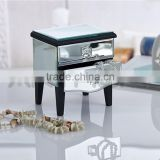 High Quality New Arrival Elegant Small Mirrored Jewelry Box