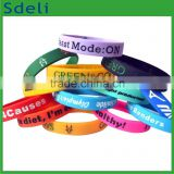 factory made customized of all kinds of different emboss deboss printing crafts silicone bracelet silicone wristbands