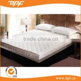 Hotel linen bedding set king size cotton filled mattress protector                                                                         Quality Choice