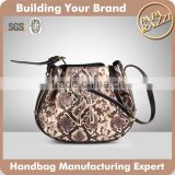 3919 2016 New Arrival Lady Python Cross Body Bag with Metal Plate Protected Sides of Drawstring Bag