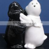 porcelain chick shaped black and white hugging salt and pepper shaker for kids birthday supplies