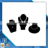 2015 manufacturing classical black match with velvet touch necklace jewelry display wholesale