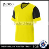 Custom Wholesale Mens Training Tshirt Self Fabric V Neck Collar Athletic Tee Wicks Moisture Polyester Sport Top