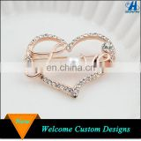 Yiwu Jewelry Manufacturer Rose Gold Heart Custom Letter Love Rhinestone Brooch Pin For Women