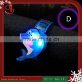 Hot Sell kids Gifts Cartoon Dolphin Design Flashes LED Flashing Bracelet