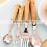 2014 cute stainless steel wooden handle dinner sets