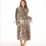 Wholesale 100% Polyester Super Soft Flannel Leopard Printing Bathrobe