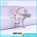 Wholesale gold metal crystal sexy woman with hat indian jewelry brooch for beautiful girls