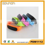 Silicone Bluetooth Smart Wristband, Sleeping Monitoring Wristband, Bluetooth Wristband Pedometer with OLED Display
