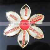 Customized Painting Cheap Custom Badge / Flower Shaped Die Cast Metal Badge