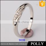 wholesale China factory high quality low price silicone wedding ring silver ring with zircon
