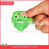 Wholesale TPR squeeze toy frog spit out the tongue, cute animal squeeze toys for chirldren