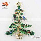 popular cheap fashion green enamel christmas tree brooch with colorful rhinestone decoration