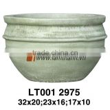 Vietnam Curved Streaky Stylish Painted Terracotta Pottery For Manufacturer