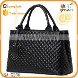 wholesale stock genuine leather Diamond tote bag embroidered shoulder bag                                                                         Quality Choice