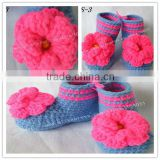 cotton handmade crochet animal shoes baby boot 2013with flower pattern minions acrylic beanie