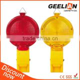 Traffic safety solar warning light of LED warning light for traffic barricade and warning