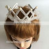 party crown /fancy novelty plastic crown with lace/ charming princess party crown hot sale