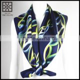 2015 Fashion Dark Blue Square Printed Silk Scarf