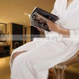 Best selling comfortable white terry towel bathrobe for hotels