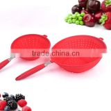 Coloured Silicone Draining Basket Kitchen strainer Spoon With Handle For Fruit&Vegetable
