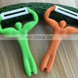 High quality ceramics head strong man design plastic fruit peeler for kid safe using