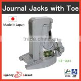 Durable and High quality adjustable jacks mechanical jack with screw structure made in Japan